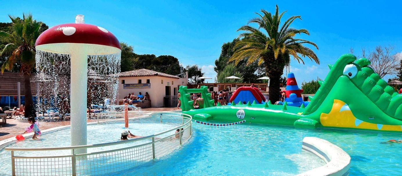Gorge-vent : pour du camping à Fréjus avec parc aquatique